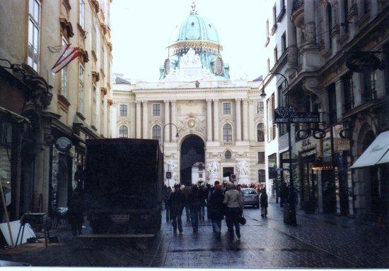 Hofburg: Festsaal, Zeremoniensaal & Redoutensaal : Hofburg - Vienna.