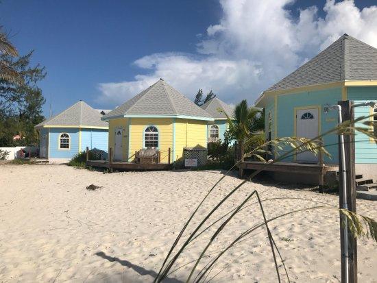 Paradise Bay Bahamas: Chambre sur le sable, au bord de l'eau !