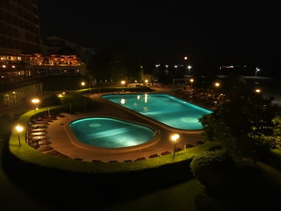 Cinar Hotel: Pool closes in the evening