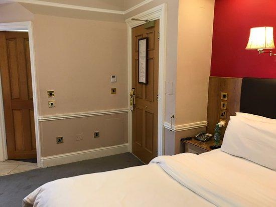 Zdjęcie Roxford Lodge Hotel
