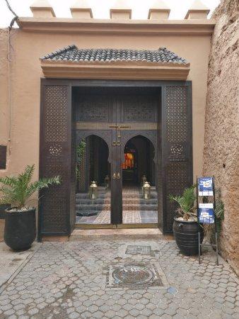 Les Bains de Marrakech : entrén till hamam.