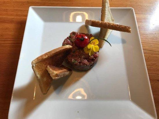 Evolene, Schweiz: notre tartare traditionnel