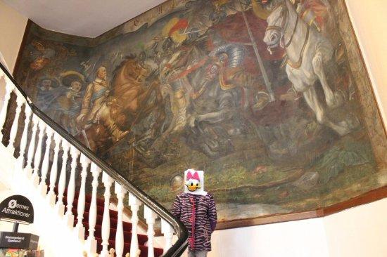 Guldborg, Δανία: Fra hallen, op til værelserne.