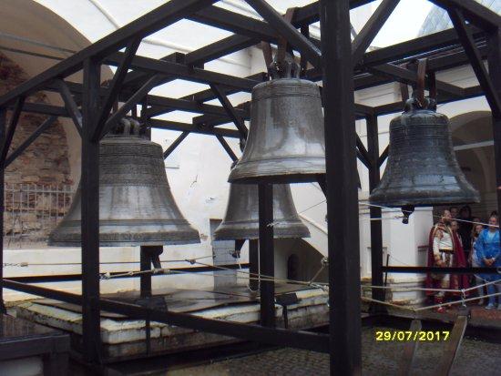 Туристский информационный центр Красная Изба: Поднять не могут, не выдерживает колокольня.