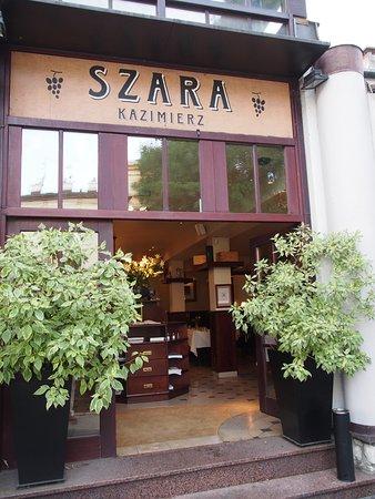 Szara Picture