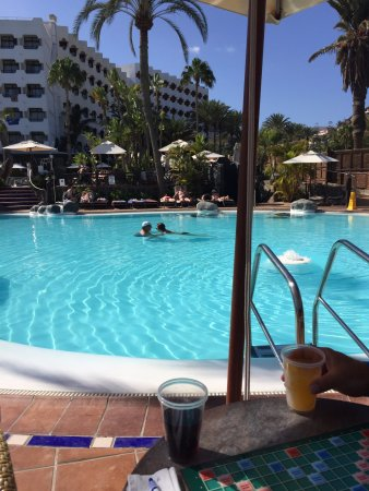 Corallium Beach By Lopesan Hotels: pool areas are lovely, clean and cared for
