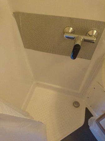 Canalview Hotel Ter Reien: DSC_0388-669x892_large.jpg