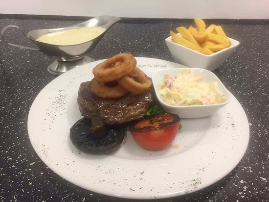 The Rose & Crown Inn: Steak!!!!!