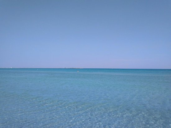 Keros beach: Όταν δεν έχει αέρα η θάλασσα είναι πραγματικά απίστευτη.
