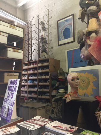 LA Fashion District: California Millinery Supply