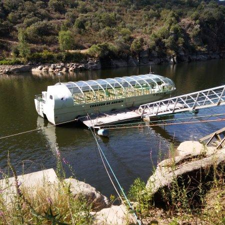 Province of Salamanca, Spania: Barco Arribes desde Aldeadávila