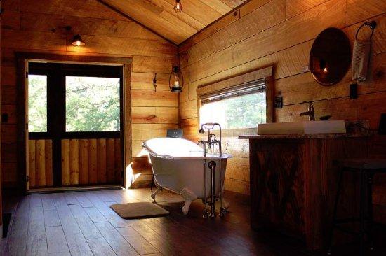 Charmant Beavers Bend Log Cabins
