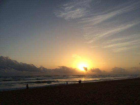Panadura, Sri Lanka: View at the hotel beach area
