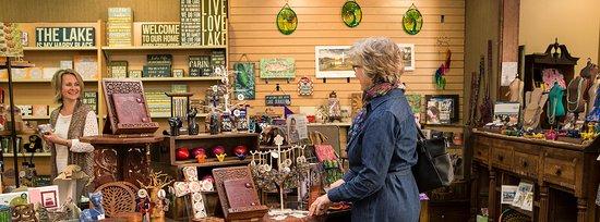 Lake Junaluska, NC: Shoppers peruse the fair trade section of Junaluska Gifts & Grounds.