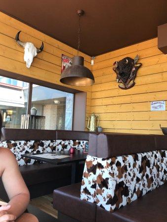 Décor Western La Spécialité Du Restaurant Les Grillades Picture