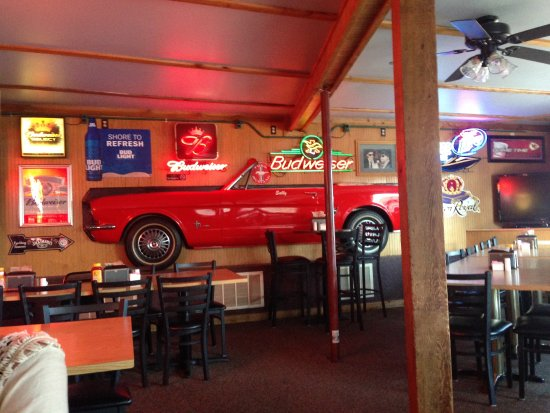 Gravois Mills, MO: Nice atmosphere in resturant and bar