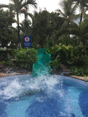 Puri Casablanca Serviced Apartment: Water Slide
