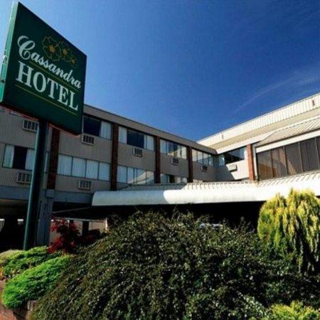 Cassandra Hotel: Hotel Entrance