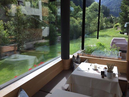 Mountain design hotel eden selva selva di val gardena for Design hotel eden selva