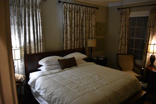 The Beaufort Inn: Bedroom