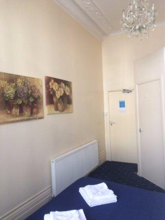 โรงแรมเบลดส์ รูปภาพ