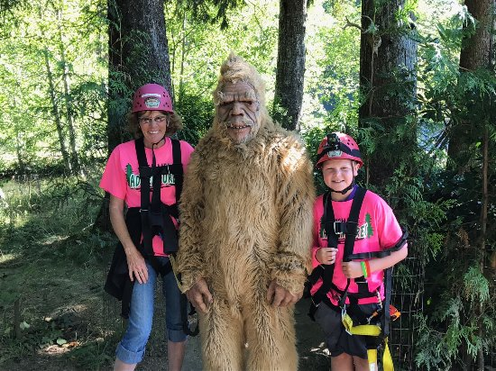 Warrenton, OR: Big Foot