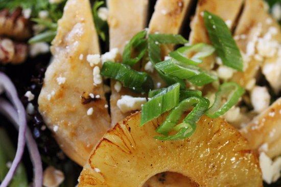 Wausau, WI: Rotating Seasonal Fresh Salads