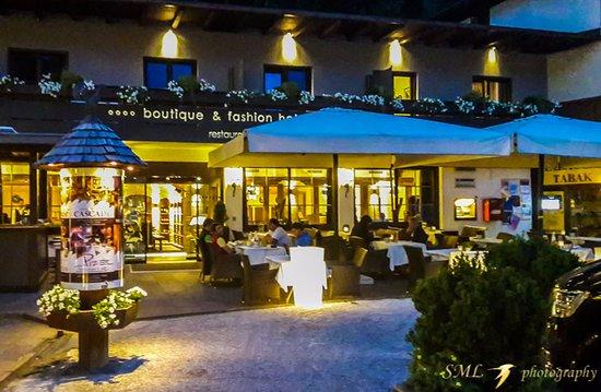 Esterno del ristorante picture of ristorante maciaconi for L esterno del ristorante cruciverba
