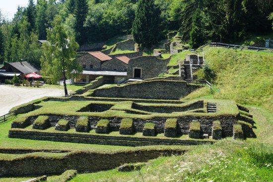 Pischeldorf, Austria: Temple