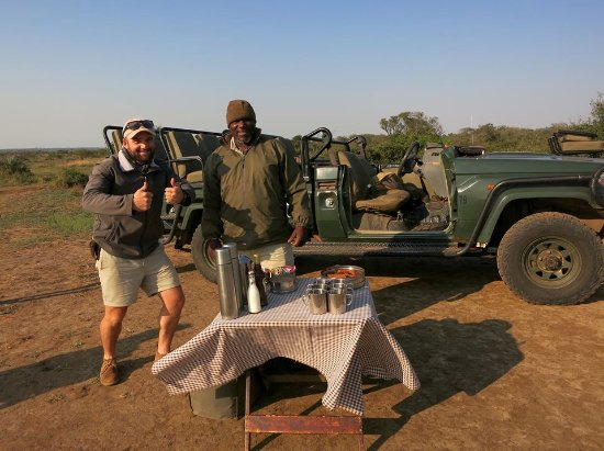 Phinda Private Game Reserve, South Africa: Ranger Matt and Tracker Jabs
