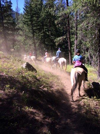 Stehekin Valley Ranch: Horse back riding morning