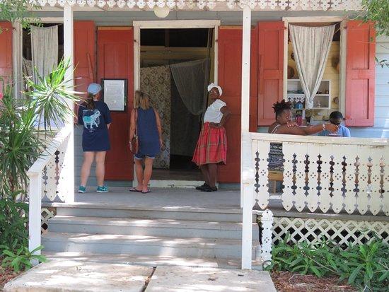 Estate Whim Museum Photo