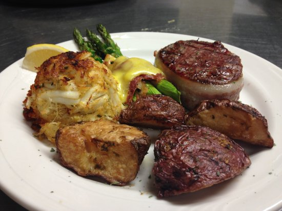 Saint Marys, PA: Home-made crab cakes, filet mignon, asparagus with hollandaise, and roasted red skinned potatoes