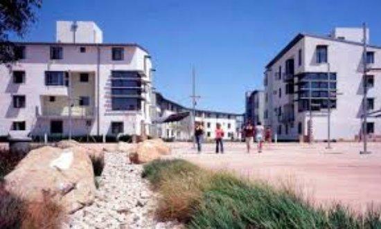 Summer Inn at UCSB: The Summer Inn is located in Manzanita Village at UCSB.