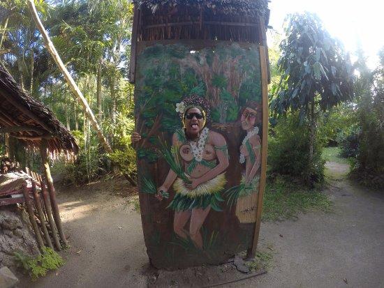 Mele, Vanuatu: model material