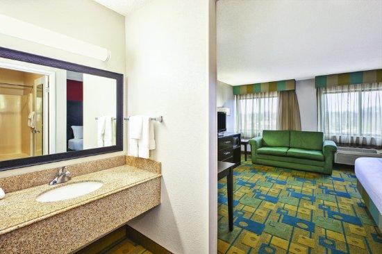 La Quinta Inn Toledo Perrysburg: GuestRoomAmenity