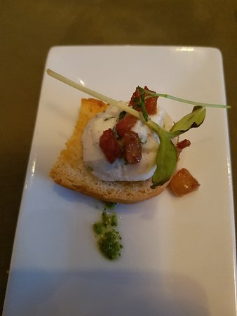 Casa tua: Riccota cheese on bruchetta