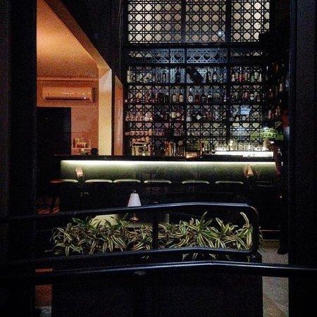 Leo Café & Cocktail Bar: O balcão de drinks mais charmoso da capital do Espírito Santo!