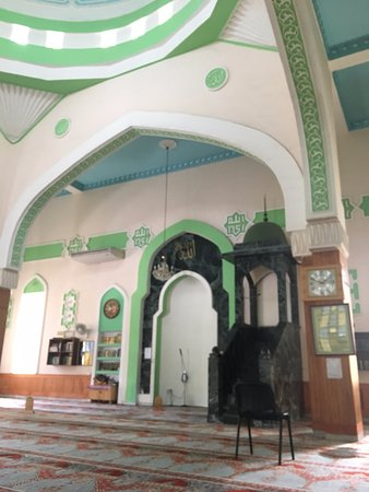Paola, Malta: Mosque from inside - mimbar