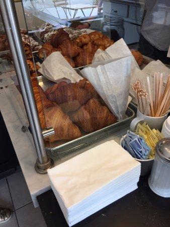 Arsicault Bakery: Croissants