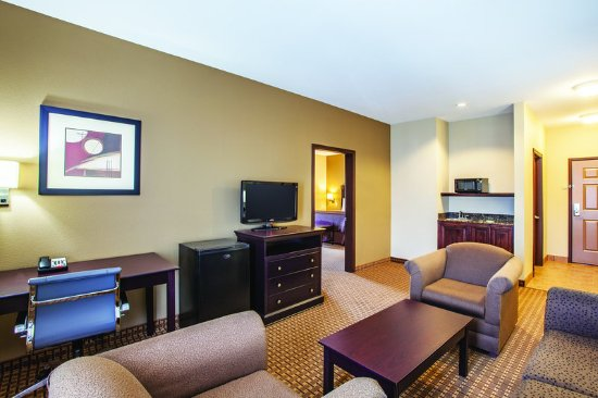 Hillsboro, Техас: Suite