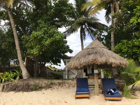 Blue Lagoon Beach Resort: Front view of beach front villa #1