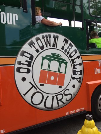 Old Town Trolley Tours Photo1