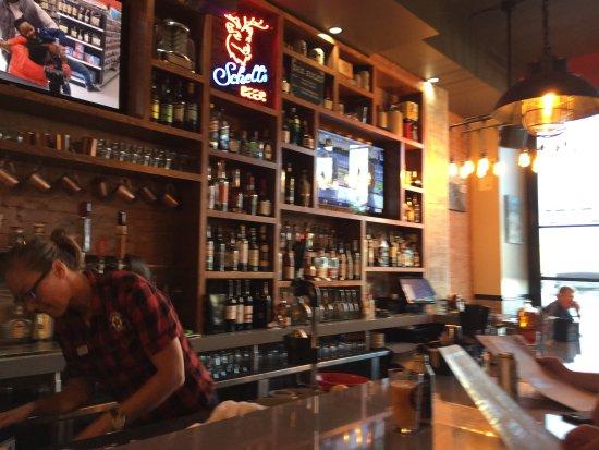 เซนต์ปีเตอร์, มินนิโซตา: 3rd Street Tavern