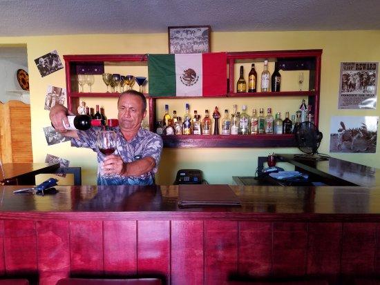 Landi's: wine master