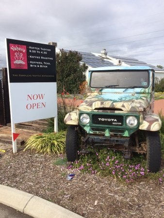 Henley Brook, Australia: Sign board with painted car