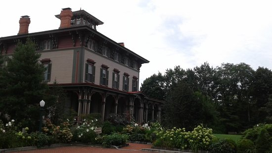 The Southern Mansion