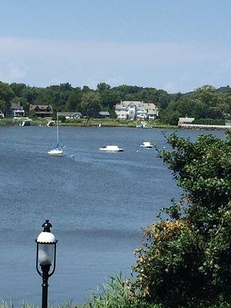 Riverside Gardens Park: photo2.jpg
