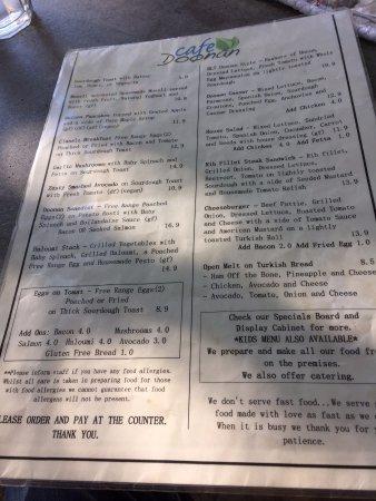Doonan, Australia: menu