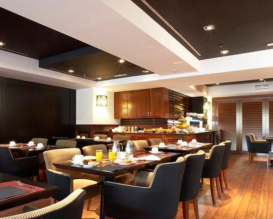 U232 Hotel: Breakfast Room